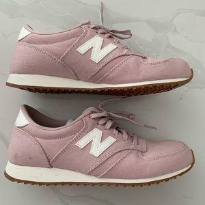 New Balance Women's 420 Sneakers